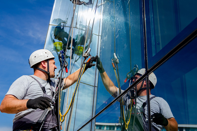 Commercial Glass Maintenance, Façade Refurbishment and Glazing Repair service, London.